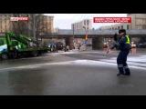 Полицейский, танцы в пробке Смерть американским карателям