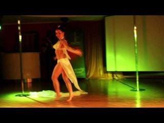 Tamara Krivaya - Magnitism Show
