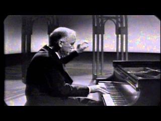 Richter plays Ravel Alborada del gracioso