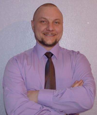 Денис Новохатский