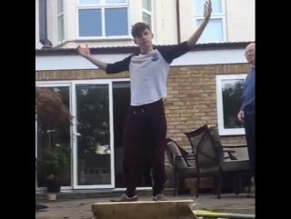Том Холланд - видео из Instagram!