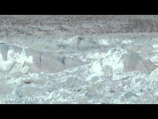 Откол огромного куска ледника. CHASING ICE captures largest glacier calving ever filmed