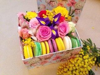 Как своими руками сделать коробочку с цветами и сладостями