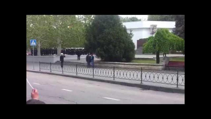 Как Крымчане встречают Путина в Севастополе (на празднике 9-ого мая) Крым - Россия!