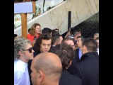 Just @onedirection casually having a dance on the red carpet no big deal #onedirection #scoopla #arias