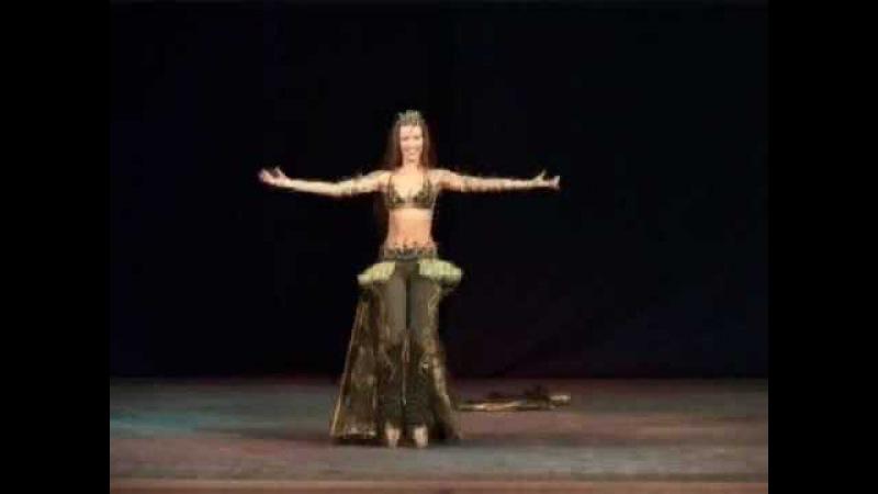 Katerina Joumana - Peacock dance