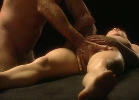смотреть тайский эротический массаж видео.