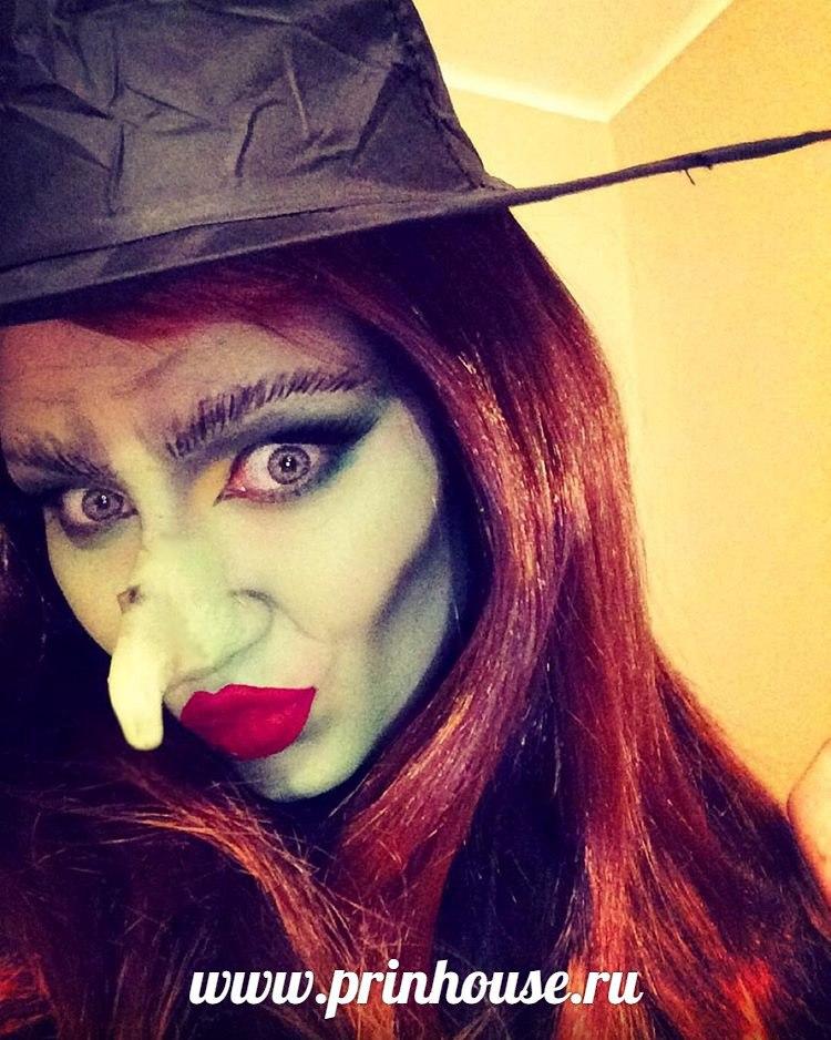 образ ведьмы на halloween