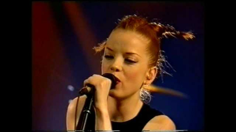 Garbage Special and Keep Breathing acoustic [Nulle Part Ailleurs, January 1999]