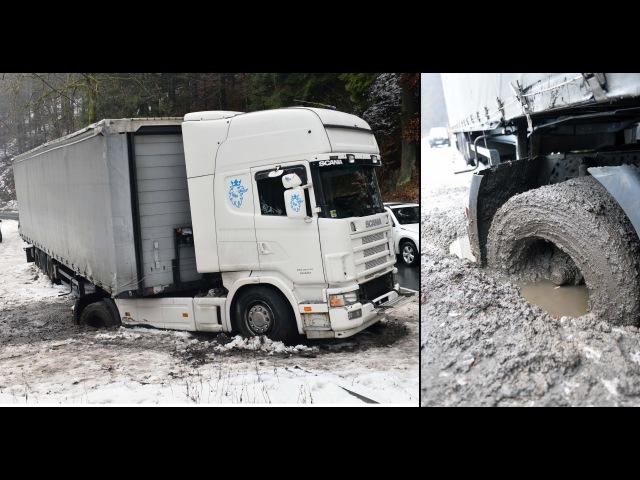 Nachtruhe endet für Trucker versunken im Schlamm