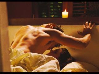 героинь страстная сцена в постели грубый секс прошел