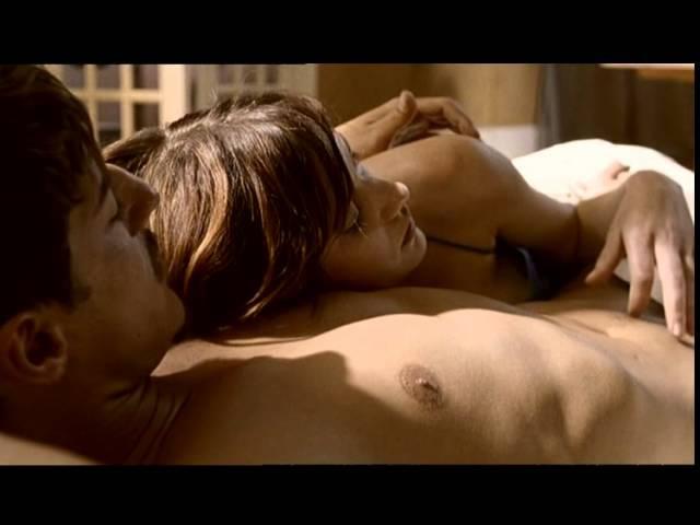 erotika-film-spi-so-mnoy