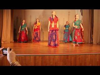 Индийский танец (Salaam-e-Ishq)