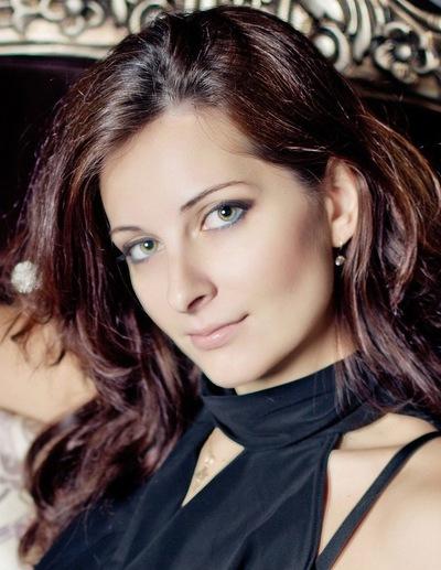 Алена Зятикова