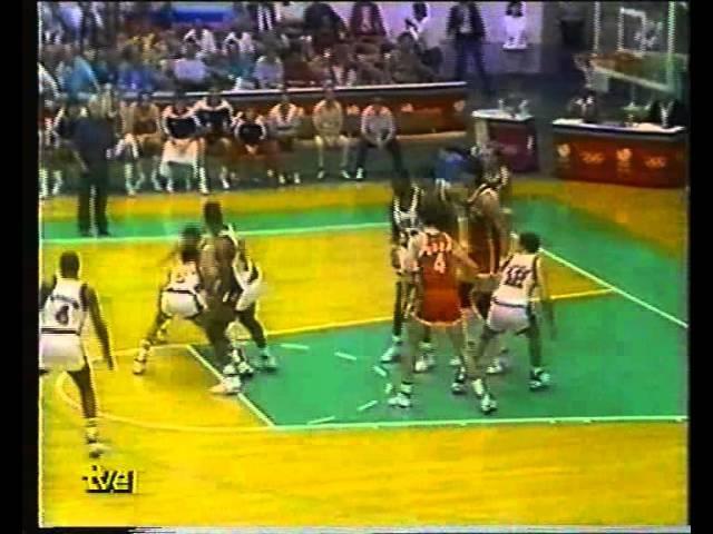 USSR.USA.Sabonis.vs.Robinson.Semifinale.Olimpica.Basket.Seul.1988