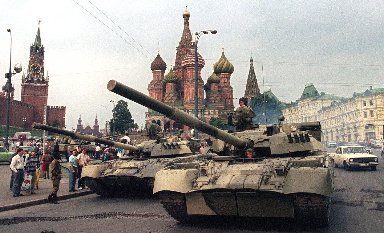 Основатель «Коммерсанта» предсказал госпереворот в России в ближайшее время