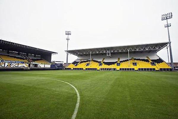 """Стадион """"Дакнамстадион"""" (Daknamstadion), Локерен"""