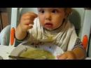 Кира кушает суп - отменный аппетит!