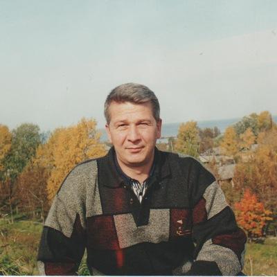 Николай Титов