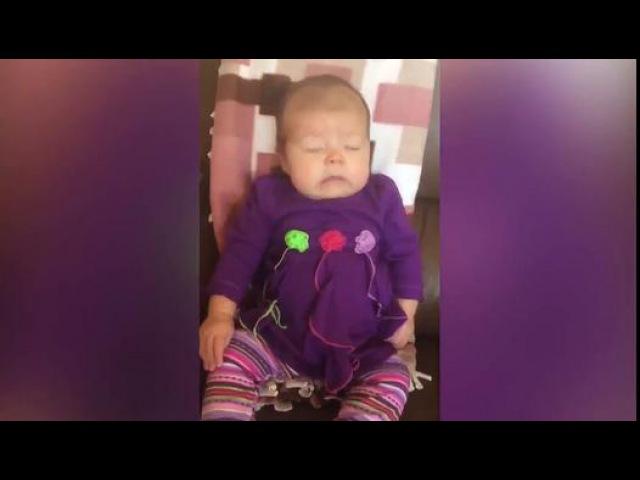 Hapşıran Bebeklerin Komik Görüntüleri - Dailymotion video