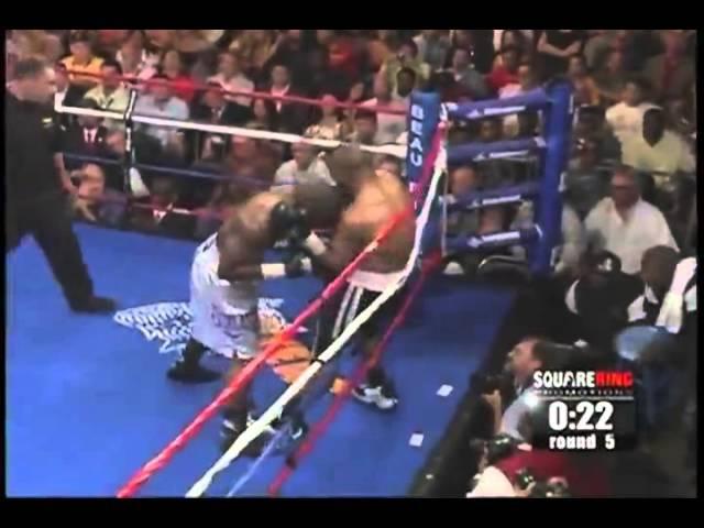 Взрыв от Роя Джонса (бой с Джефом Лейси - 2009 год)