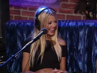 KC Assists Intern in Going to Extremes to Meet Tara Reid (Vid)