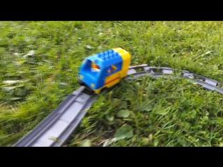 Железная дорога Lego. Короткие стишки про Лего поезд