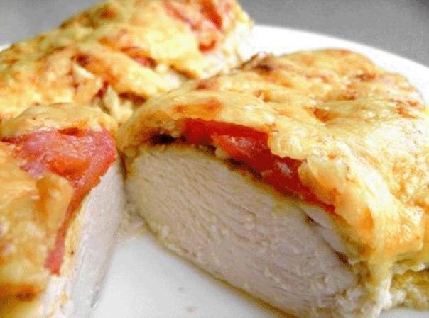 Филе запеченное с помидорами и сыром в духовке