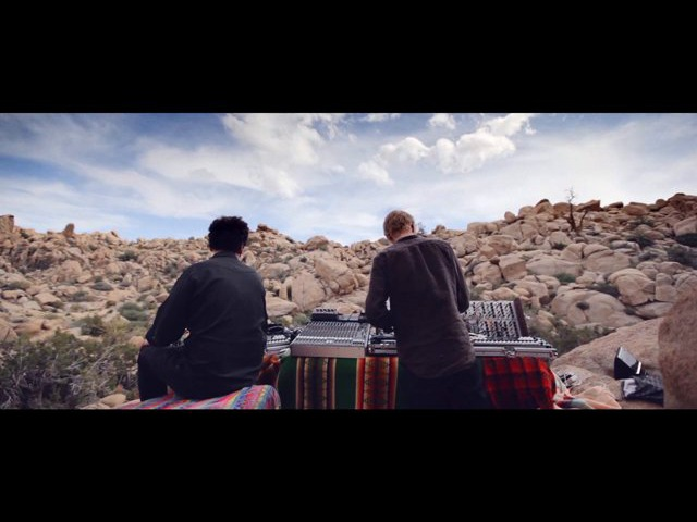 ▼ A documentary about Simian Mobile Disco's 'Whorl' ▲