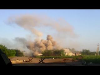 Обстрел украинских позиций в Песках