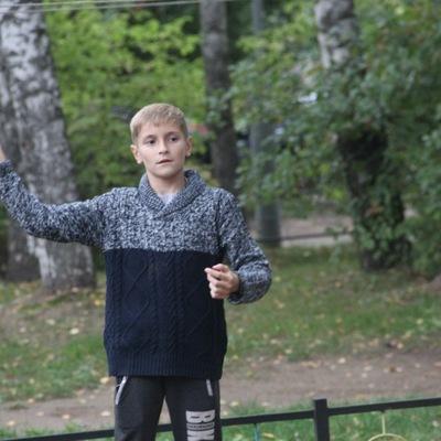 Максим Машарский