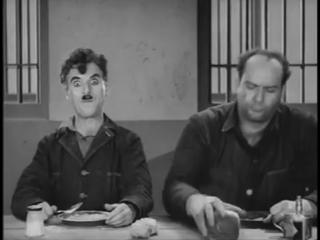 Чарли Чаплина прёт кокаин