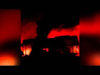 Крупный пожар вспыхнул вангаре на северо-востоке Москвы