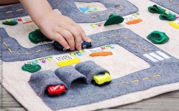 Игрушка-коврик своими руками