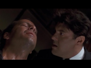 На расстоянии удара (1993) Брюс Уиллис