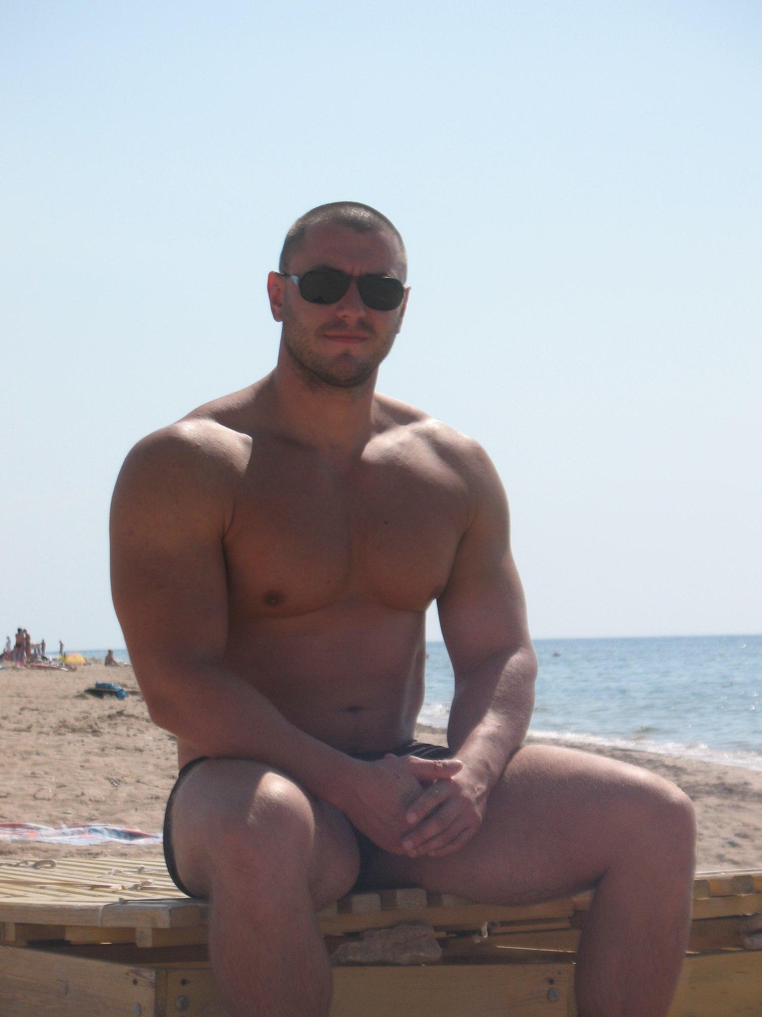 gey-znakomstva-chechnya