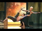 Pink - Try LIVE at AMA 2012 HD - Pink Try directo Best Performance on American Music Awards