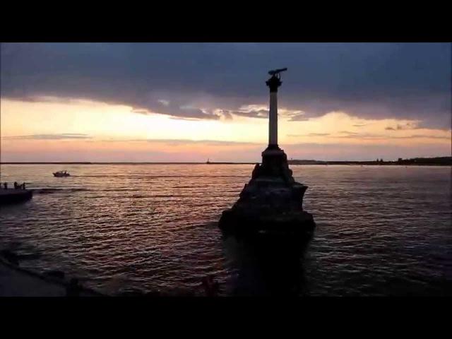 Вечерняя набережная в Севастополе, Крым. DJ Skydreamer. Evening promenade in Sevastopol, Crimea.