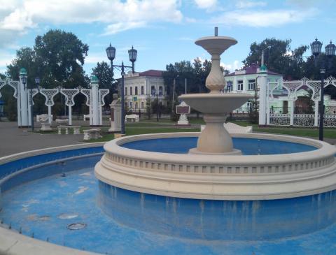 Житель Чистополя пожаловался в «Народный контроль» на отключенный фонтан в парке «Хэзинэ»
