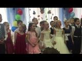 Выпускной.прекрасная песня из Алладина