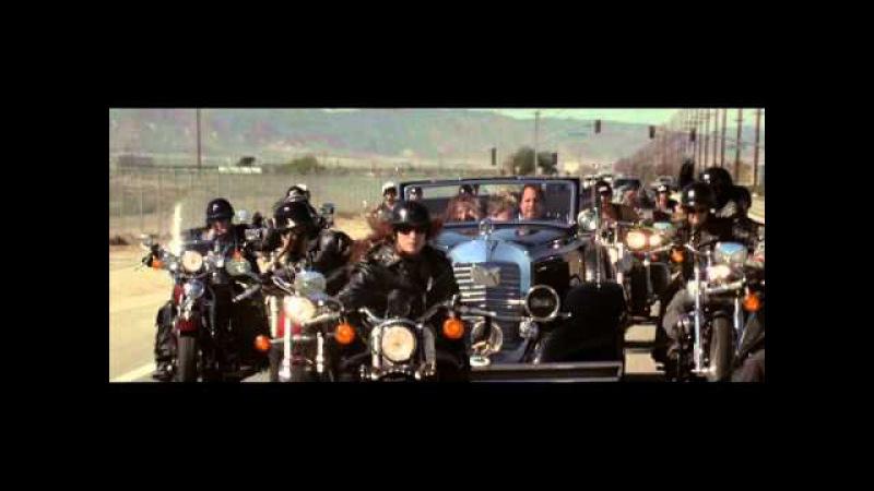 Машина Гитлера - эпизод из комедии Крысиные Бега