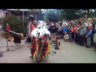 Уличные музыканты, индейцы из Эквадора. Группа