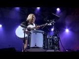 Ellie Goulding - Guns and Horses - live at Eden Sessions 2014