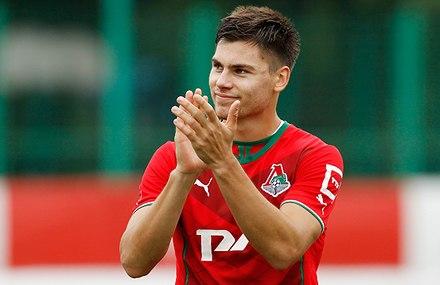 Максиму Беляеву - 23!