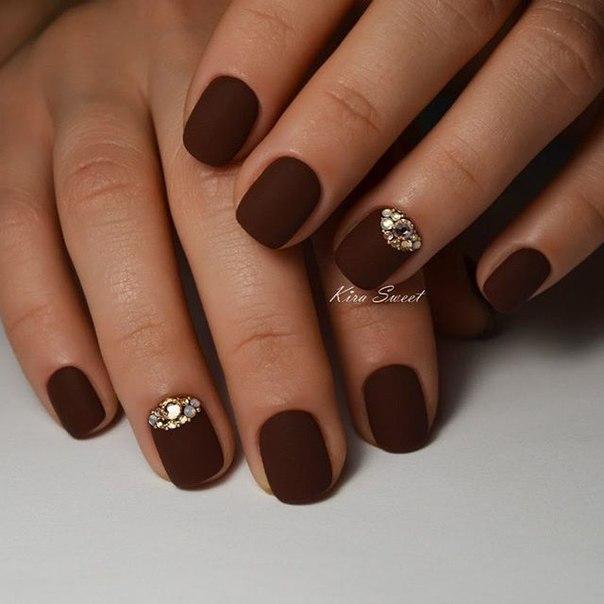 Коричневые ногти дизайн фото