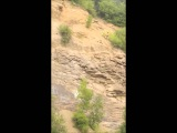 Редкий кадр. Прыжок на каньоне в воду с нереально большой высоты.