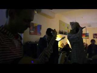 Music jam at cafe MOMO bar (part 2)