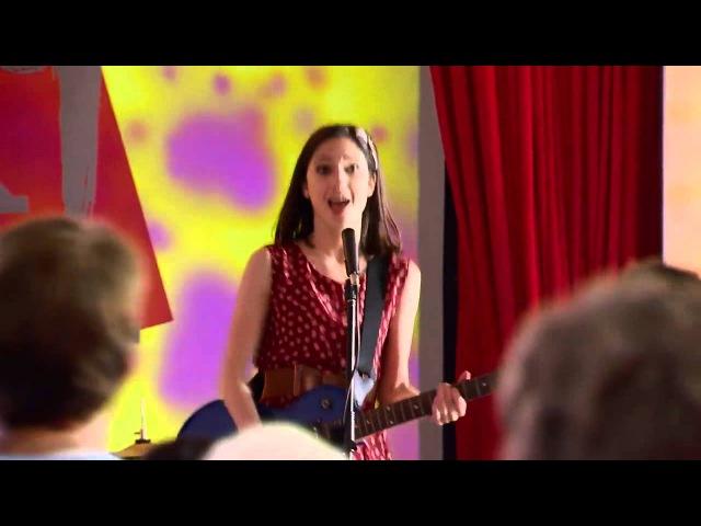 Виолетта 3 - Вилу, Ками и Фран поют Veo Veo на сцене Art Rebel - серия 10