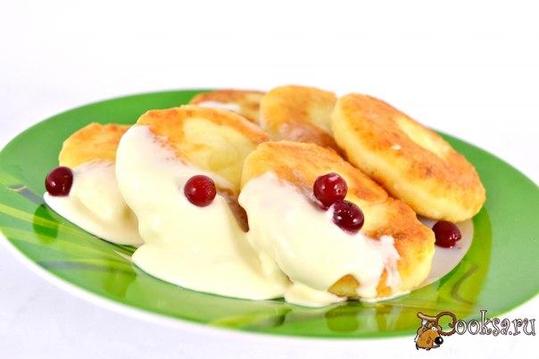Сырники с манкой Нежные, пышные, необыкновенно вкусные и очень, очень творожные сырники.