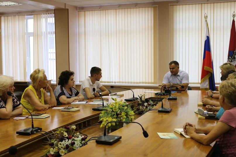 Глава управы Выхино-Жулебино встретился с общественными советниками